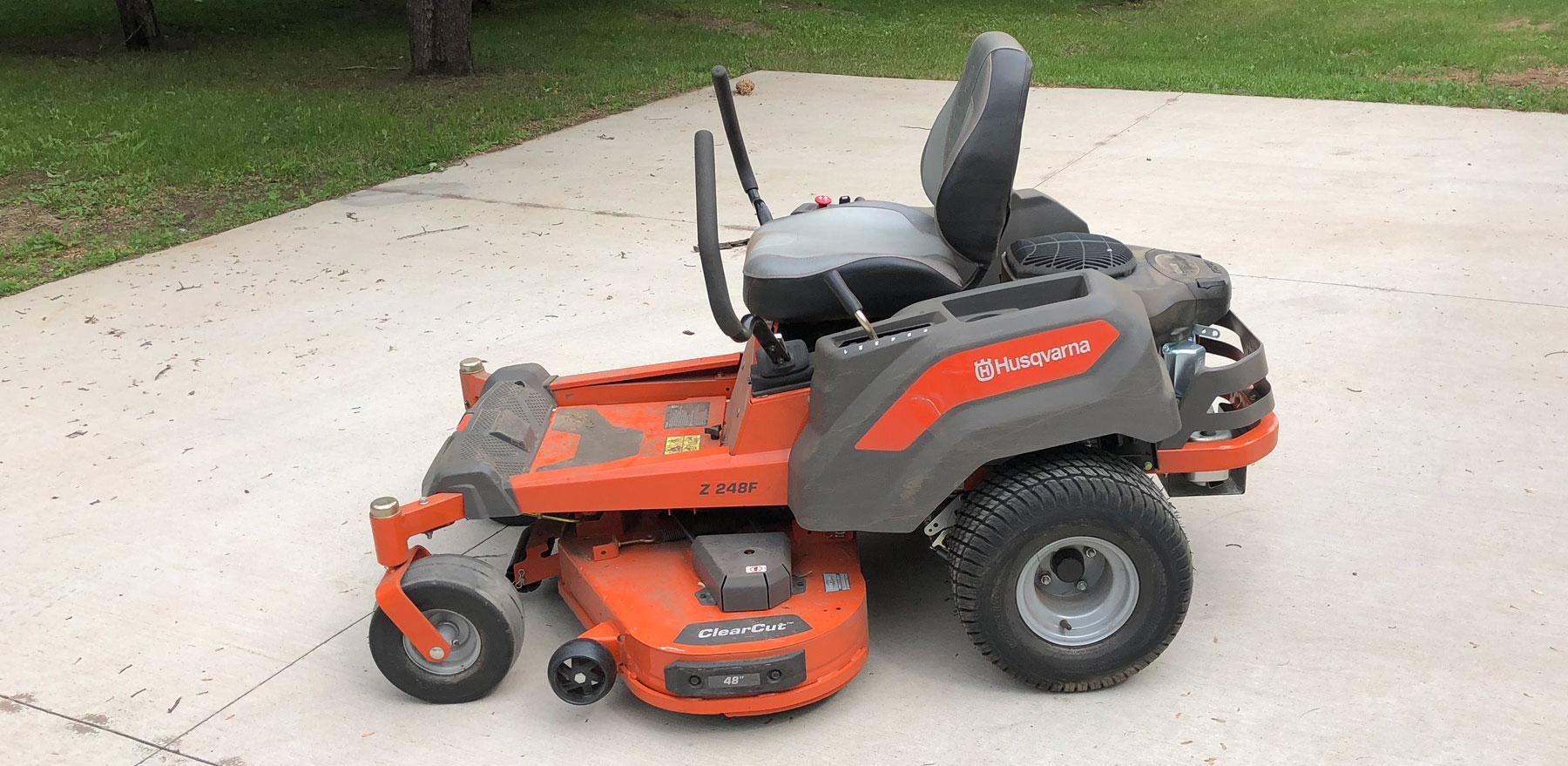 "Husqvarna 48"" Riding Lawn Mower"