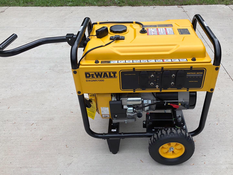 Dewalt 7000 Watt Portable Generator