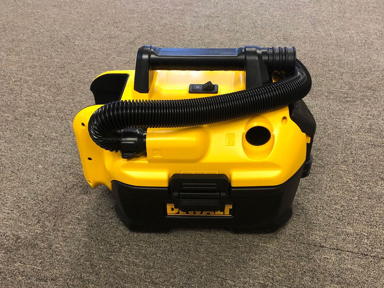 Dewalt Battery Powered Vacuum Cleaner