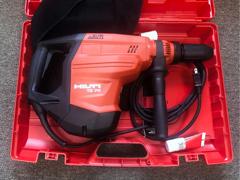 Hilti TE 70 Drill & Chipper