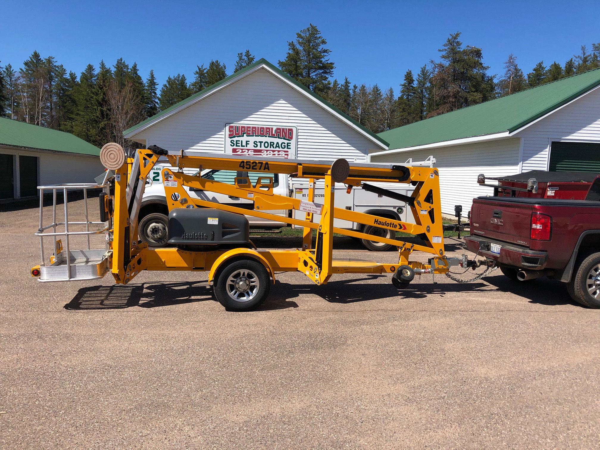 Haulotte 45/27 Towable Manlift